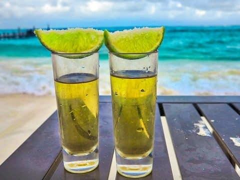 deux verres de tequila