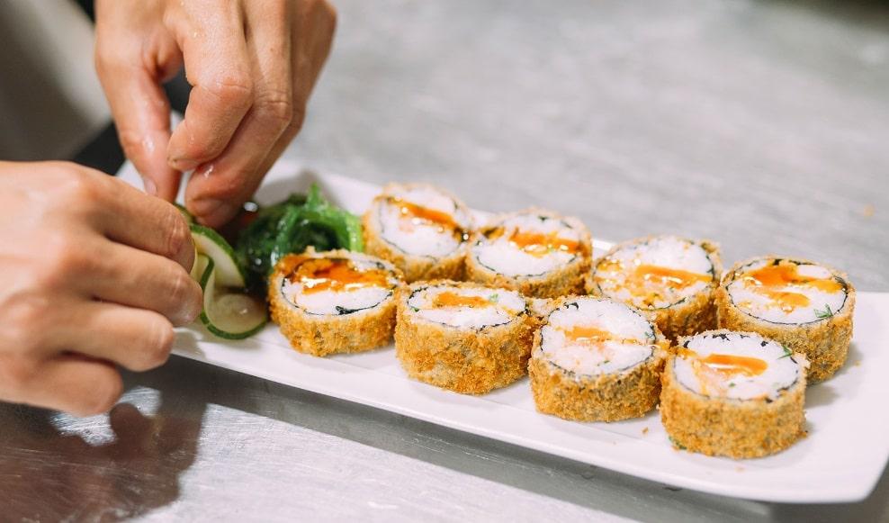 préparation de sushis