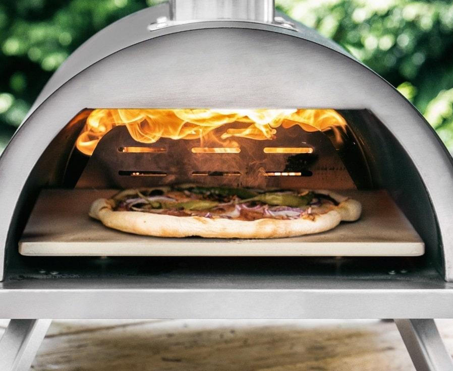four à pizza portable en marche